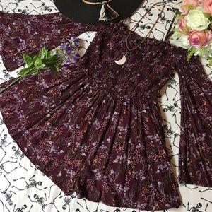 💜🌷Floral burgundy/plum romper🌷💜